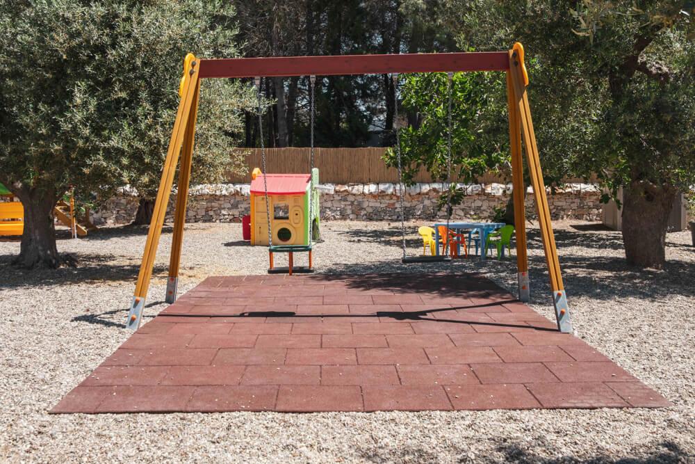 area-giochi-bimbi-3-agriturismo-arco-di-sole